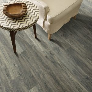 Laminate flooring | Pucher's Decorating Centers