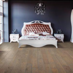 Hardwood flooring of bedroom | Pucher's Decorating Centers