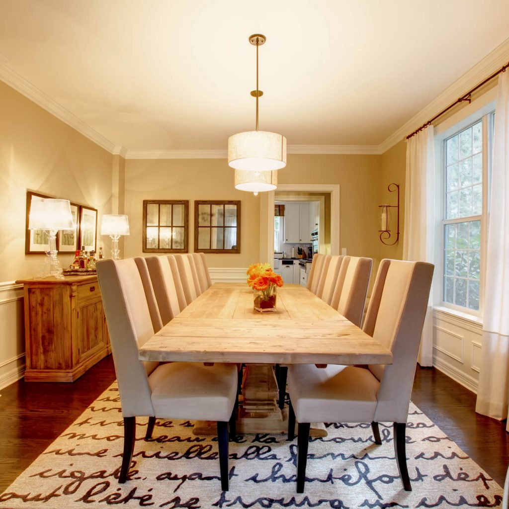 Choosing the Best Rug for Your Dining Room | Pucher's Decorating Centers
