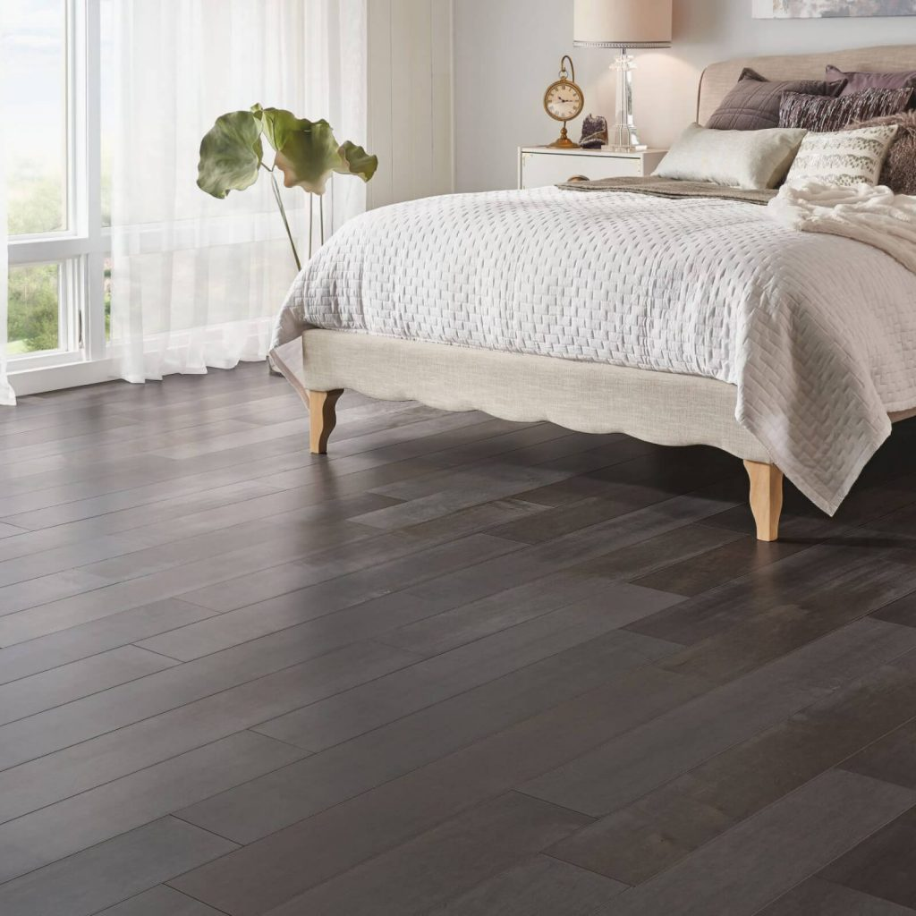 Bedroom hardwood flooring | Pucher's Decorating Centers