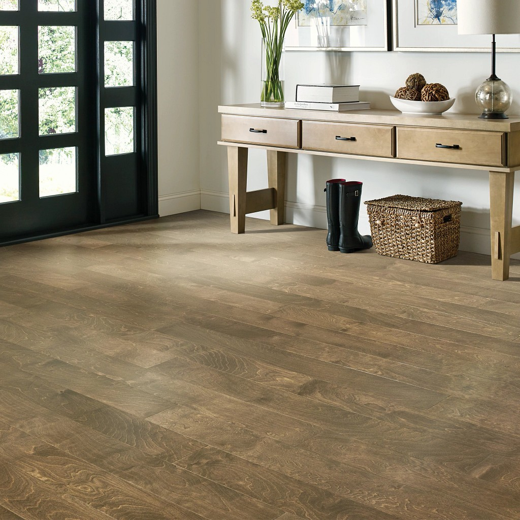 Wood Looks for a Traditional Feel | Pucher's Decorating Centers
